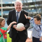 Isla Kelly and Isaac Spratt with Minister for Communications Pat Rabbitte. Image: Jason Clarke Photography