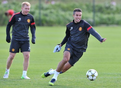 Paul Scholes and Robin van Persie in training this weekend.