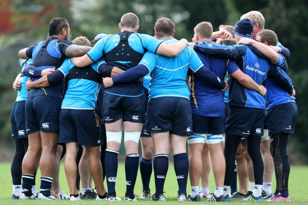 Leinster forwards huddle during training 15/10/2012