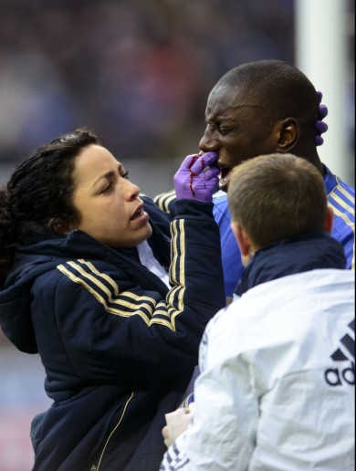VIDEO: Demba Ba breaks his nose