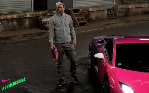 http://s0.thejournal.ie/media/2013/03/zlatan-pink-car-2-630x393.jpg