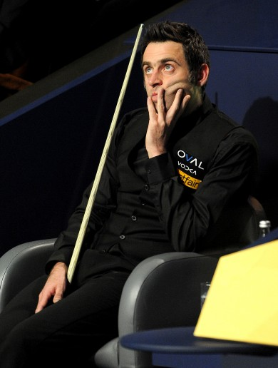 Ronnie O'Sullivan in fresh row as he eyes final