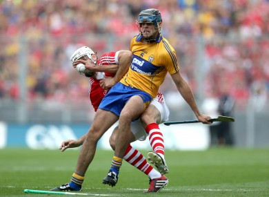 Cork's William Egan and Clare's Darach Honan. (File photo)