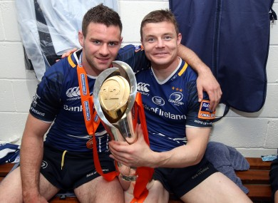 Fergus McFadden and Brian O'Driscoll with the Pro12 trophy last season.