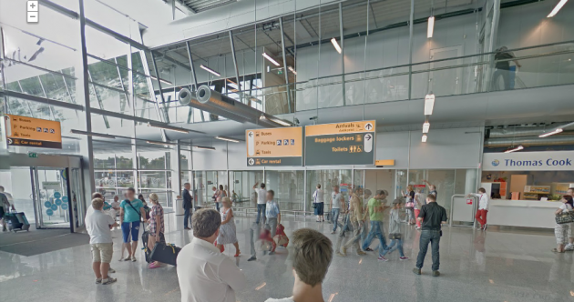 Weird Wide Web: Touring airports, click-fraud botnets and celebs giving directions