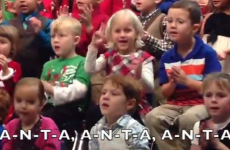 Little girl signs her school concert as a surprise for her deaf parents